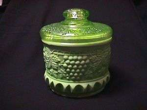 FENTON GLASS GRAPE & CABLE CHAMELEON GREEN TOBACCO JAR #9188 XE