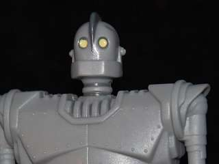Original 1999 IRON GIANT Miniature TOY Action Figure MOVIE Warner 4.5