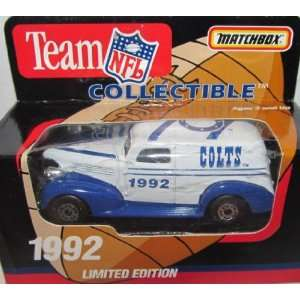 Indianapolis Colts 1992 NFL Diecast Sedan 163 Scale