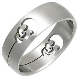 Laser Cut Skull Stainless Steel Band Ring Jewelry