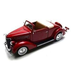 1936 Ford Deluxe Cabriolet Diecast Car 118 Red Toys